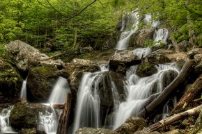 Dark Hollow Falls